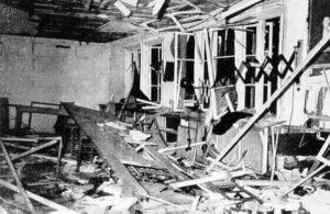 De kaartenkamer in het hoofdkwartier van Hitler nadat tijdens een militaire stafvergadering de door Von Stauffenberg geplaatste bom was afgegaan.